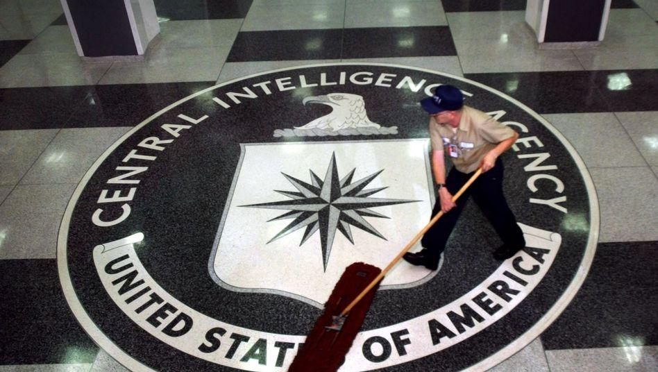 CIA-Logo in der Zentrale in Langley (2005): Der US-Geheimdienst arbeitet eng mit dem BND zusammen