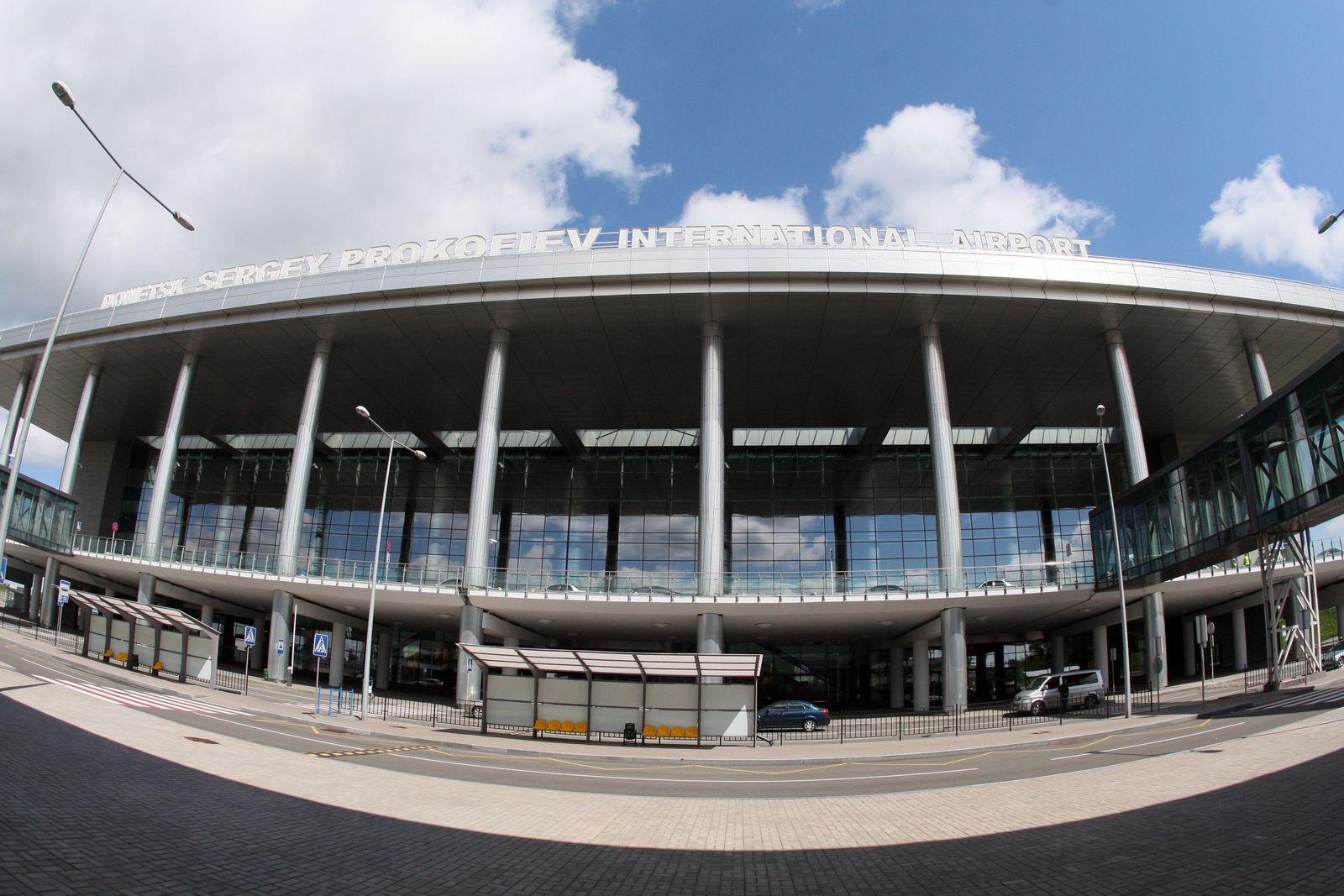 Donezk/ Flughafen gesperrt