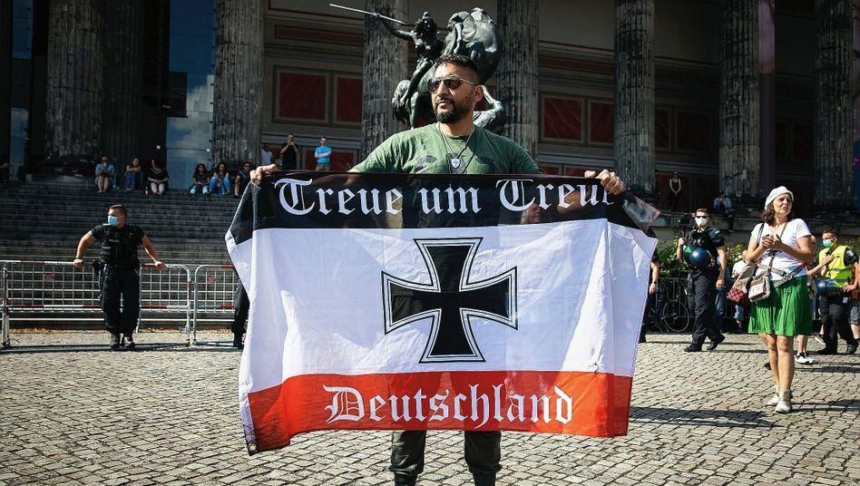 """Demonstrant Hildmann in Berlin:""""Ich werde weitermachen, bis ich die Macht habe"""""""