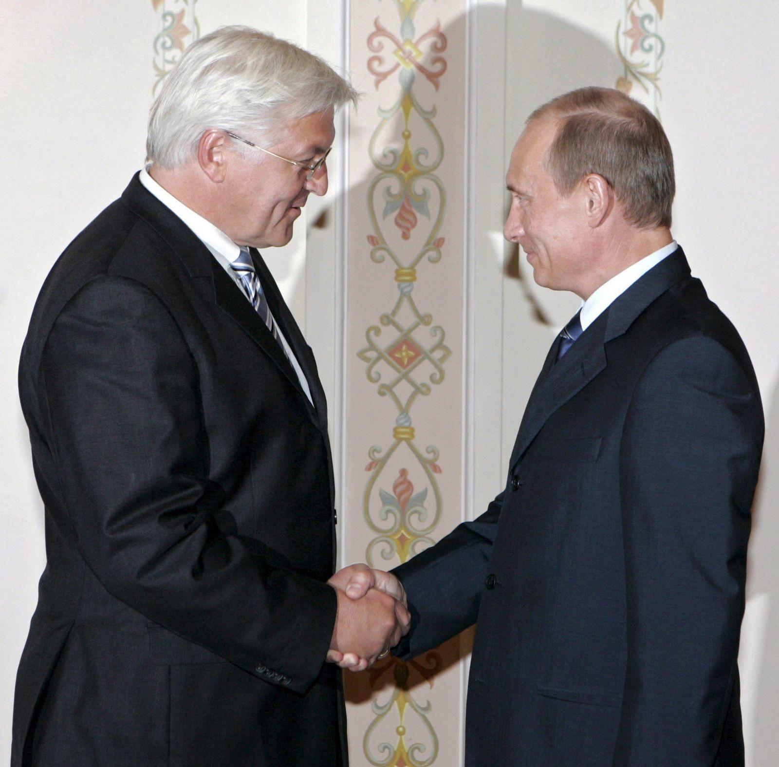 Steinmeier spricht mit Putin in Moskau