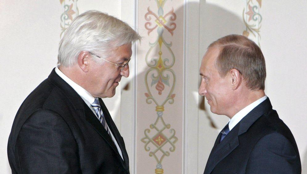 Wladimir Putin mit Frank-Walter Steinmeier 2016 in Moskau