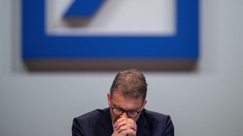 """Deutsche-Bank-Chef Sewing: """"Noch einmal genau hinsehen"""""""