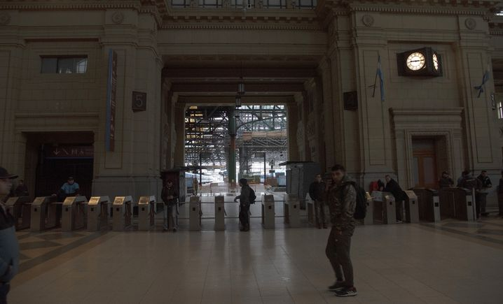 Bahnhof in Buenos Aires während des Blackouts