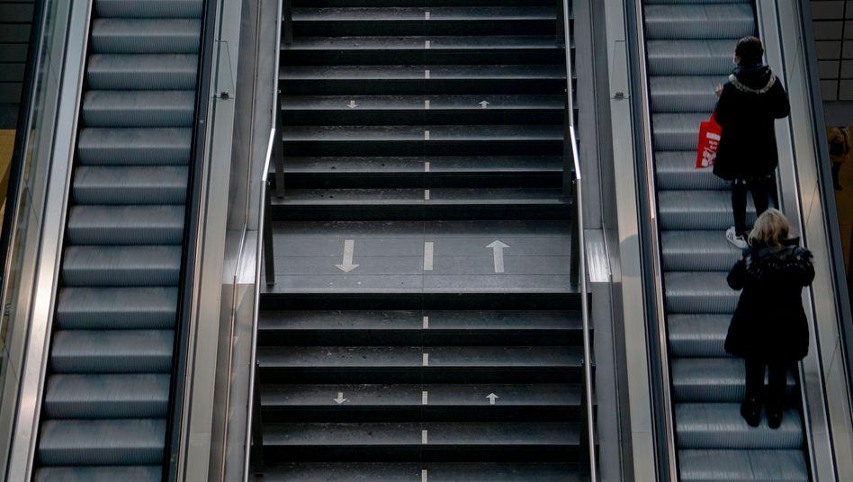 Überkonformität, Lethargie und Reaktanz – Hauptbahnhof Berlin