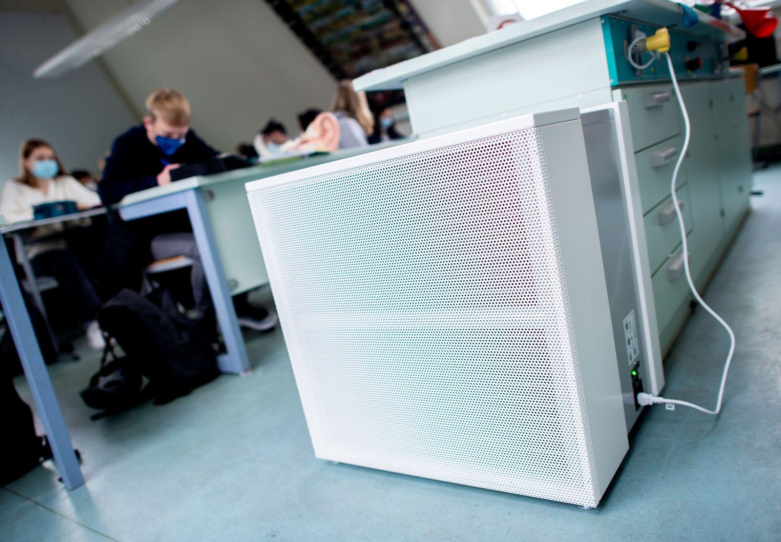 Coronavirus - Luftfiltergeräte an Schulen