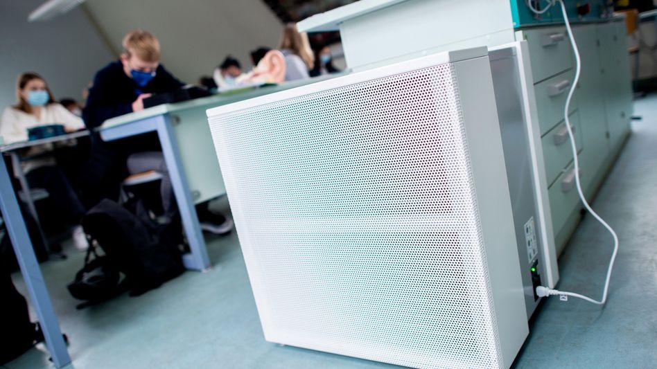 Luftfilter an einem Gymnasium im niedersächsischen Oldenburg