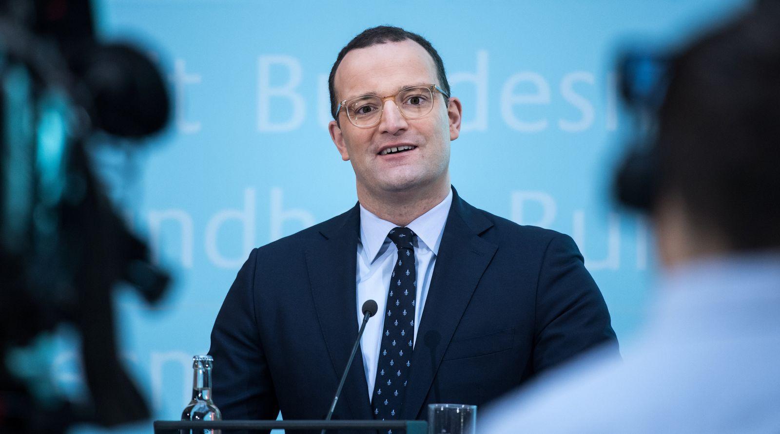 Pressekonferenz von Bundesgesundheitsminister Spahn