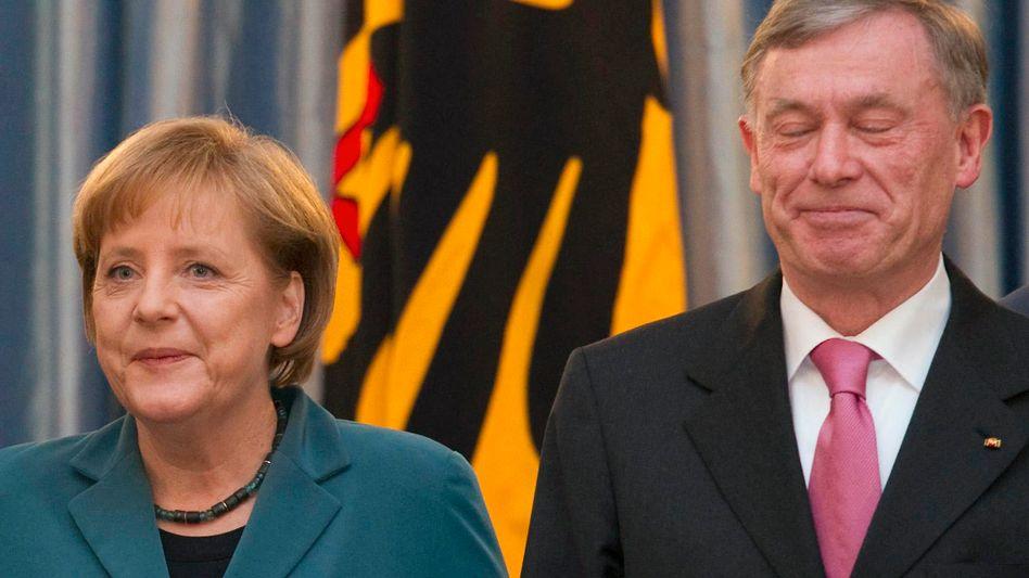 Bundeskanzlerin Merkel, Präsident Köhler (im März): Die Zeiten werden härter