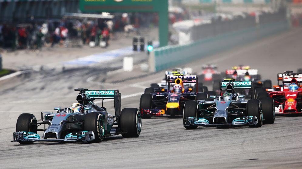 Formel 1 in Malaysia: Doppelsieg der Silberpfeile