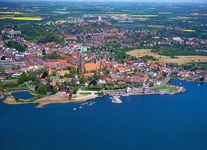 Schleswig: Blick auf die Stadt an der Schlei