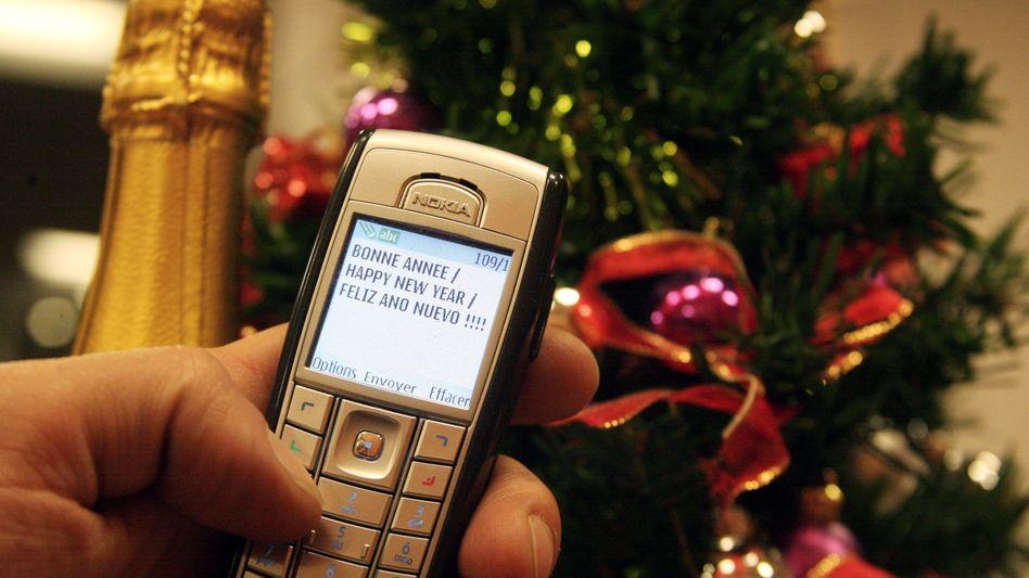 SMS-Botschaft (Symbolbild): Ein Neujahrsgruß wie dieser endete für eine Attentäterin tödlich