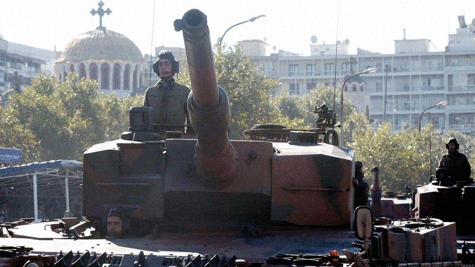Griechischer »Leopard 2«-Panzer: »Nutzen stand nicht im Verhältnis zu den Kosten«