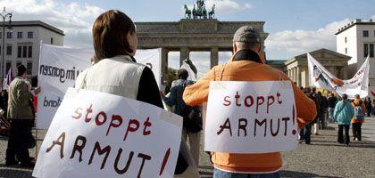Hartz-IV-Demonstranten: Arbeitsanreiz stärken