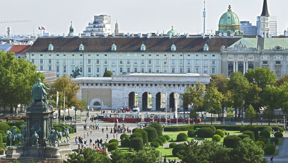 Blick auf die Wiener Hofburg (Archiv)