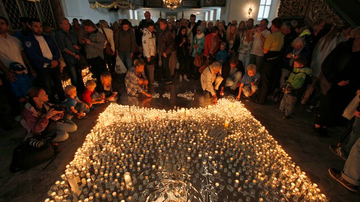 Photo Gallery: Mourning Norway's Dead