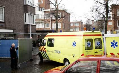Krankenwagen stehen für den Notfall bereit