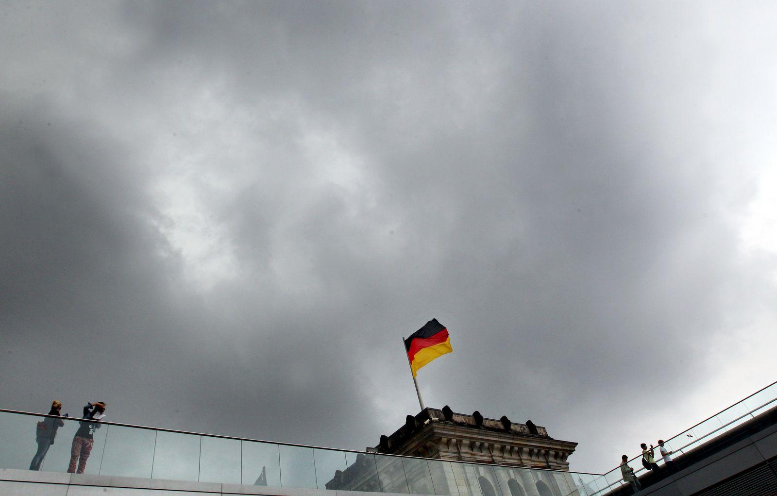 Reichstag/ Wolken
