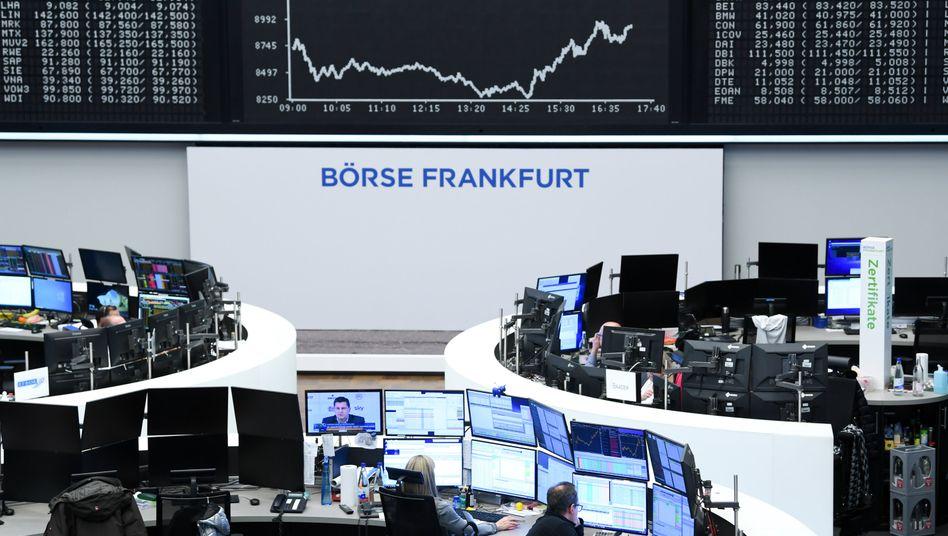 Handelssaal der Deutschen B??rse: Vertrauen in den Kapitalmarkt st??rken