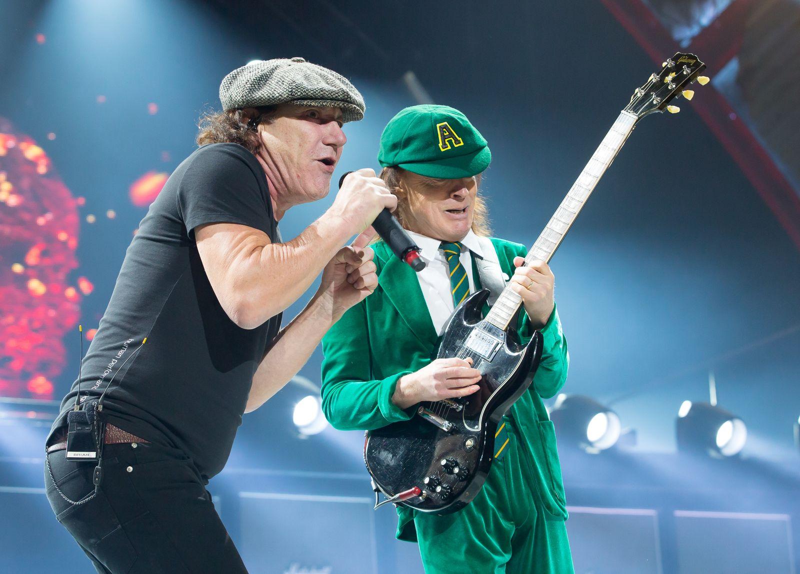 AC/DC In Concert - Kansas City, MO
