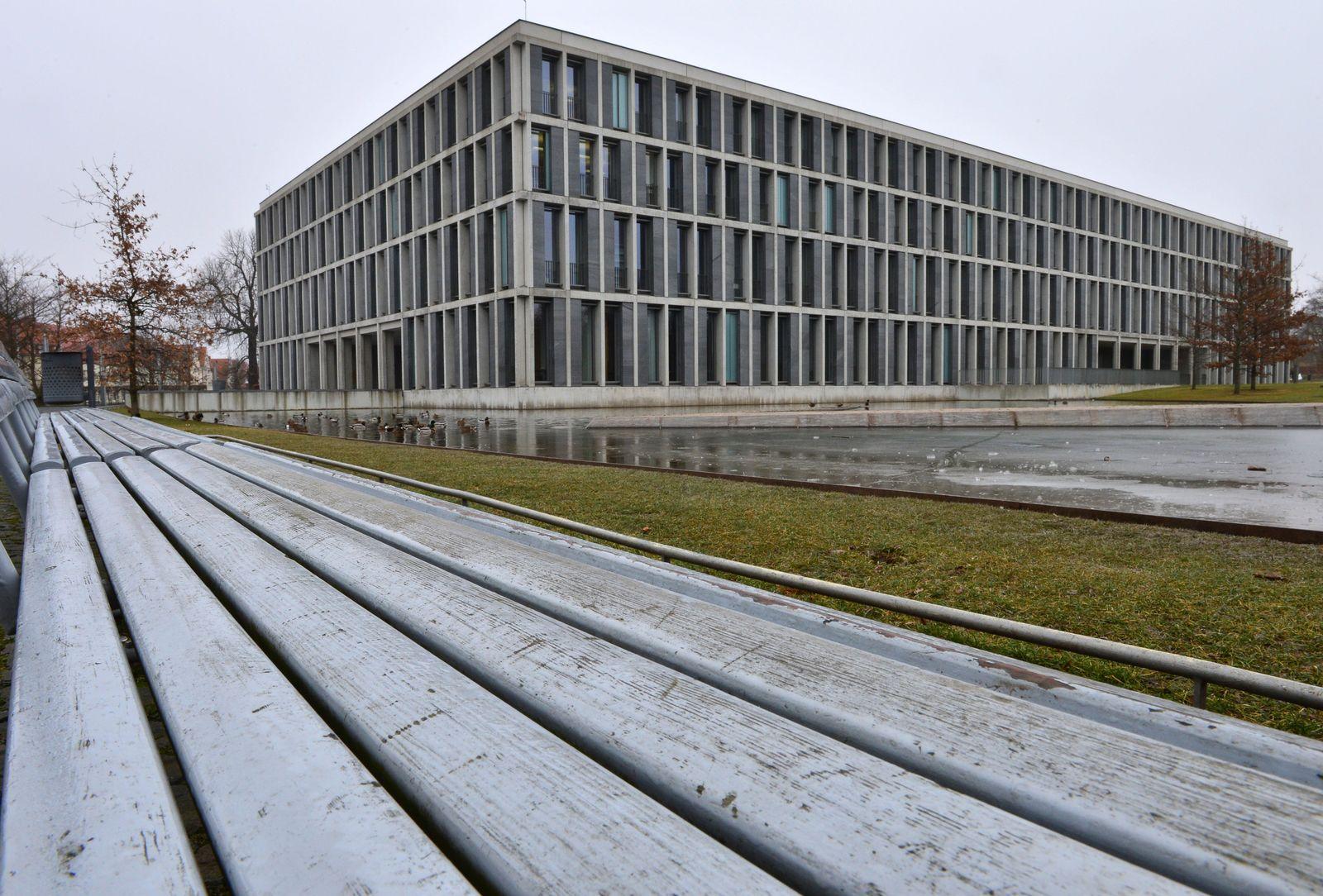 Bundesarbeitsgericht / Lehrlinge / Straftatverdacht