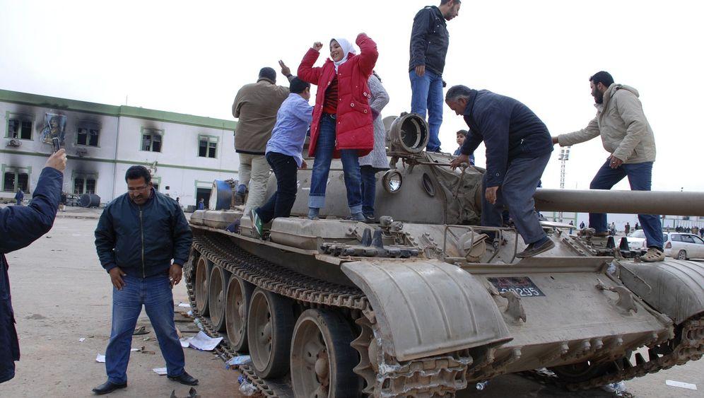 Proteste gegen Gaddafi: Machtkampf in Libyen