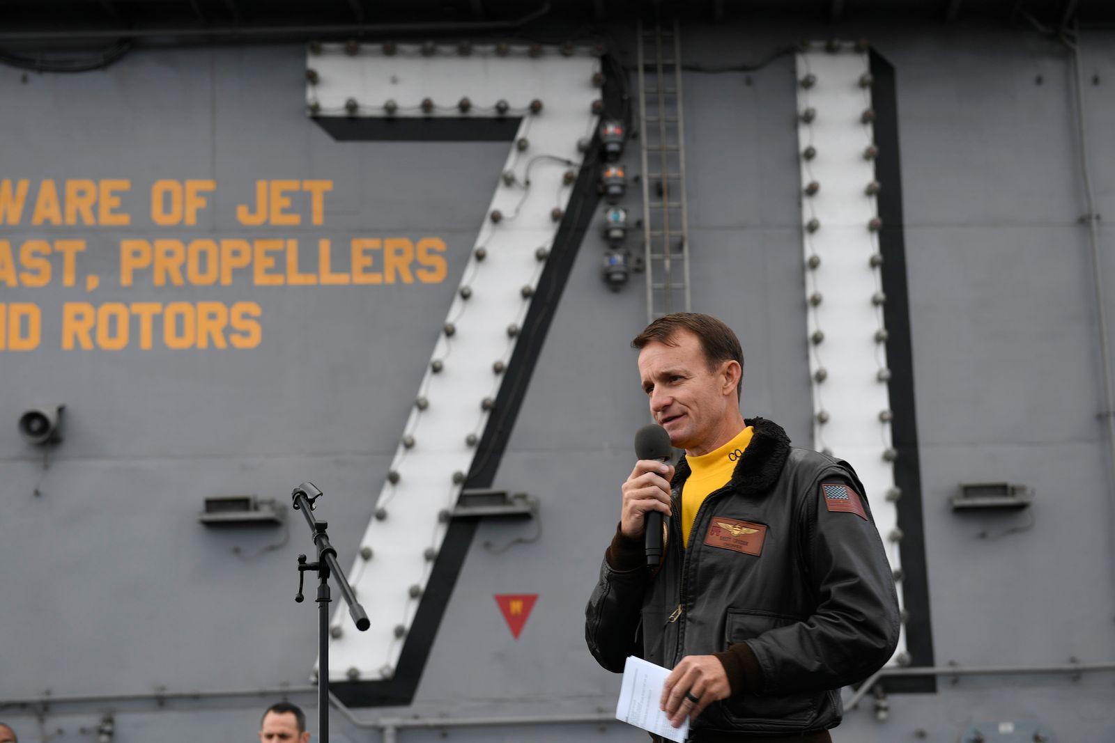 CORRECTION Virus Outbreak Aircraft Carrier