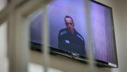 Nawalny dringt auf Ende von nächtlichen Kontrollen in Haft