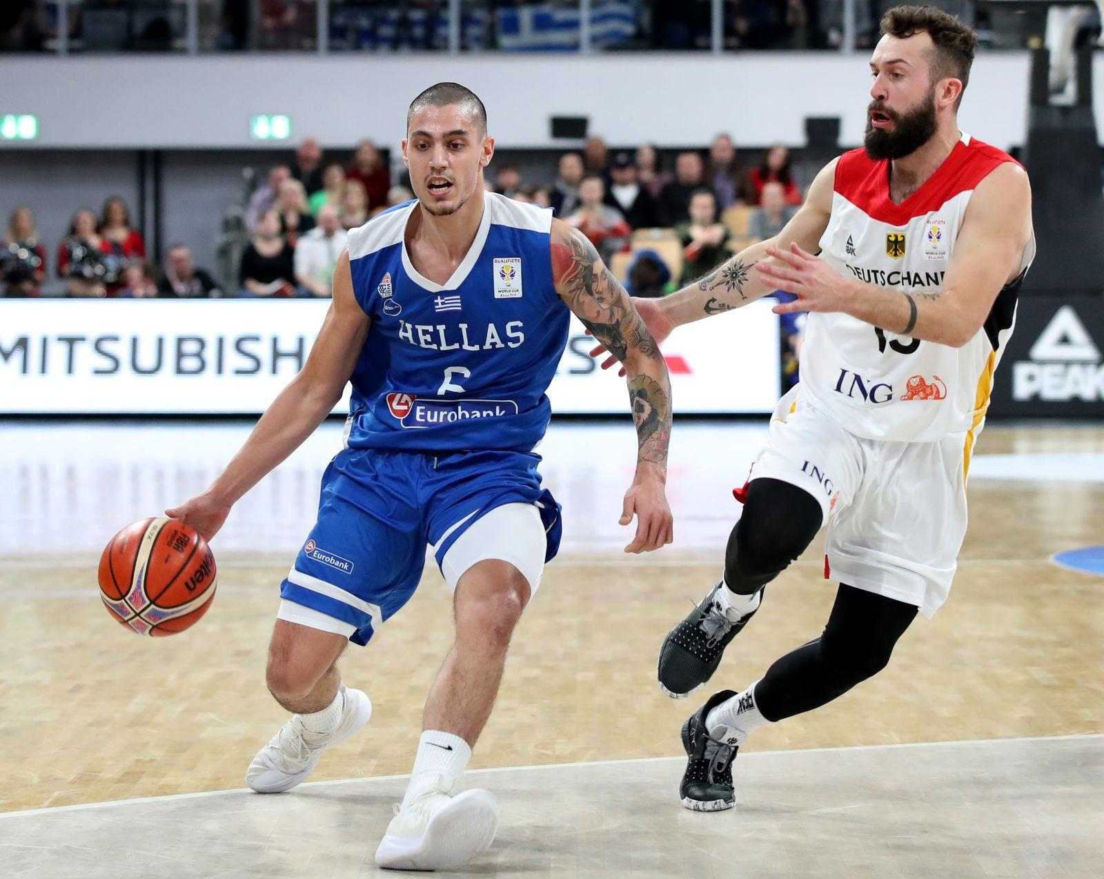 EINMALIGE VERWENDUNG Sport/ Basketball/ Bastian Doreth