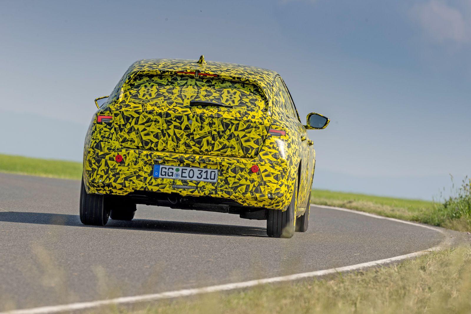 Opel_2-2