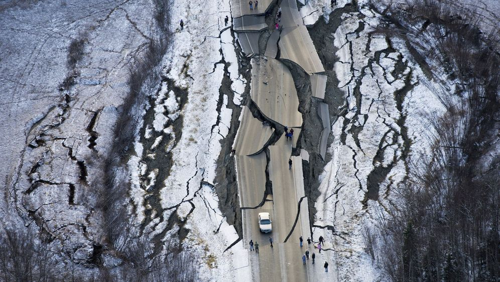 Fotostrecke: So heftig war das Erdbeben in Alaska
