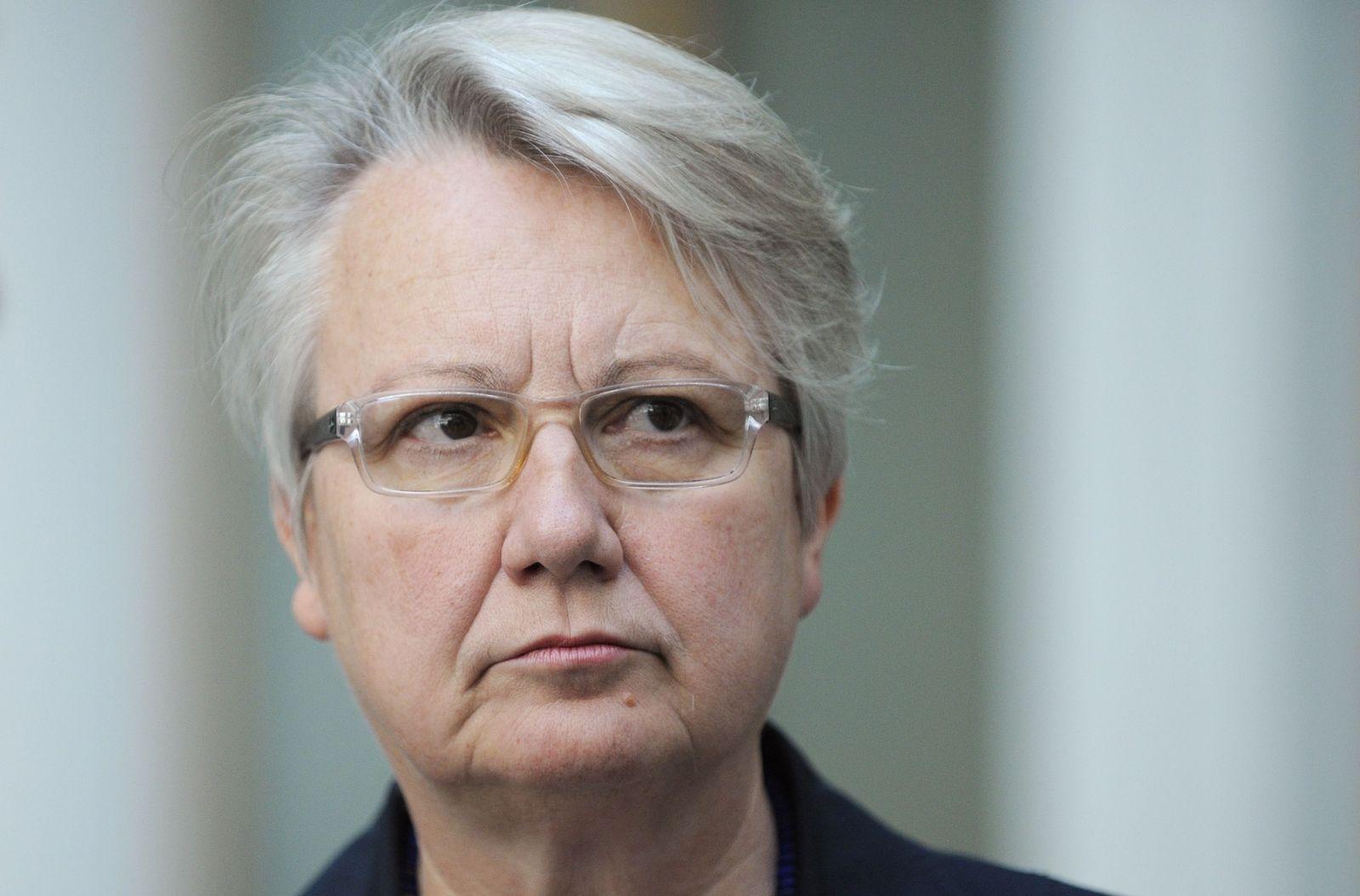 NICHT VERWENDEN Annette Schavan