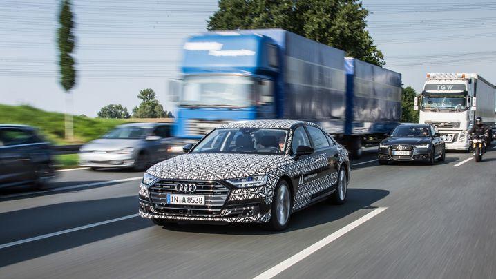 Autonomes Fahren im neuen A8: Audi plädiert für Steuerbefreiung