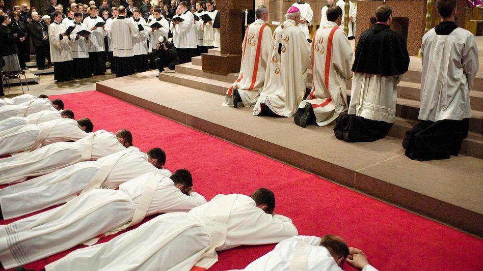 Priesterweihe im Freiburger Münster