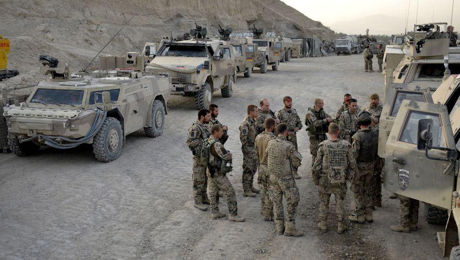 Bundeswehr-Soldaten in Afghanistan (Archivbild): Auf einheimische Traditionen setzen