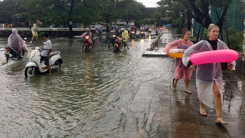 Springflut und Starkregen: Krokodil-Alarm in Thailand