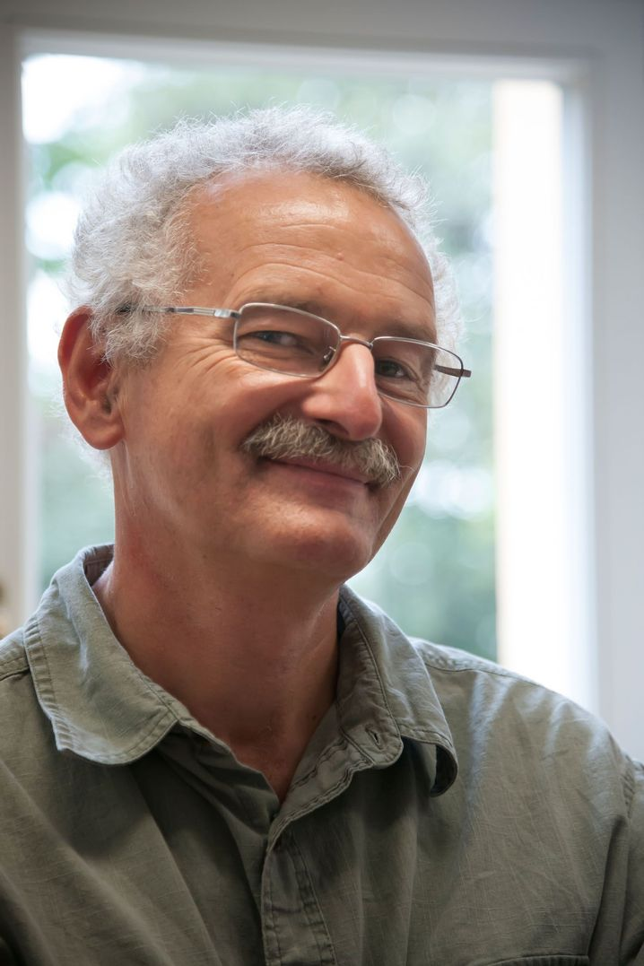 Professor Martin Sander ist ein international renommierter Paläontologe und lehrt am Steinmann-Institut der Universität Bonn