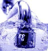 Trinken bis zum Koma: Selbst Wasser kann in großen Mengen lebensgefährlich sein