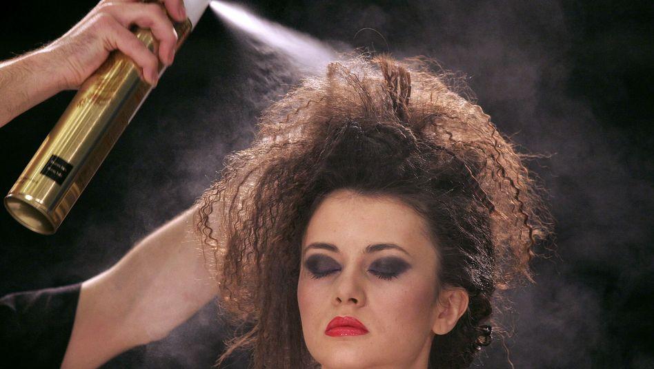 Friseur im Einsatz