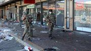 Zehn Menschen sterben bei Plünderung von Einkaufszentrum