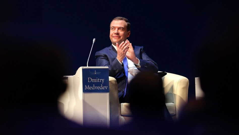 Premierminister Medwedew: Vermehrt unter Beschuss