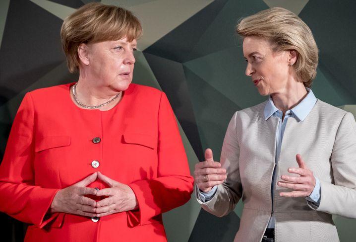 Merkel, von der Leyen
