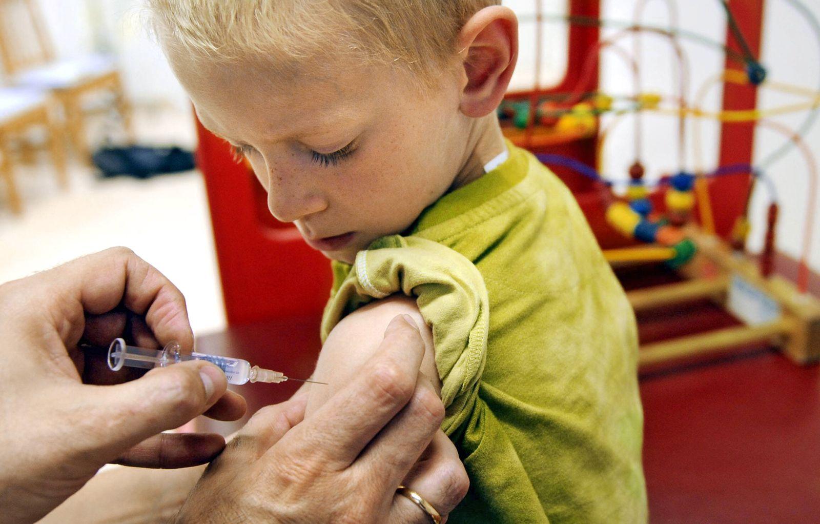 NICHT VERWENDEN Zeitung: Impfstoff fuer Kinder wird knapp