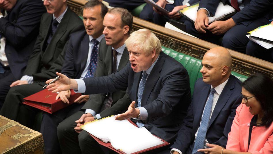 Premier Boris Johnson ist ein wenig außer sich, er will nun über Neuwahlen abstimmen lassen