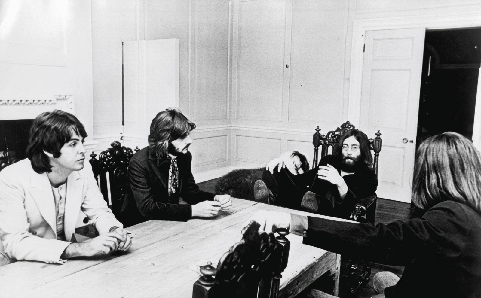 Beatles John Lennon George Harrison Paul McCartney and Ringo Starr circa 1969 PUBLICATIONxINxGER