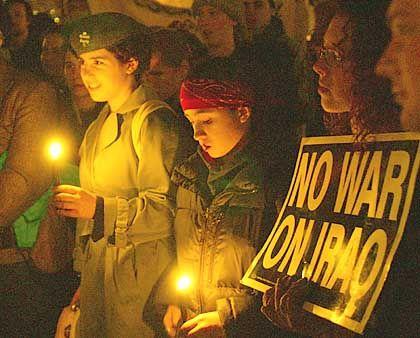 "Studenten-Proteste in den USA: ""Make law not war"""