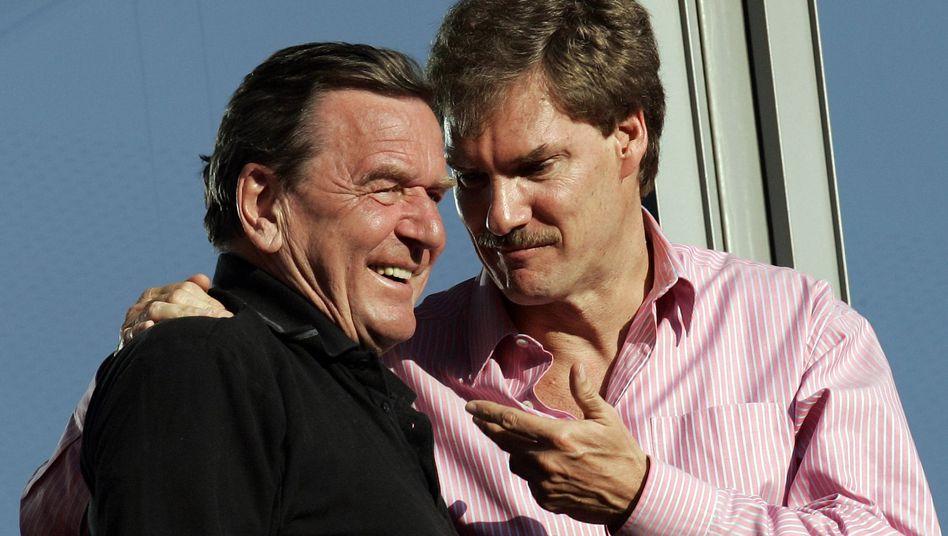 Schröder, Maschmeyer im April 2007: Dicke Männerfreundschaft