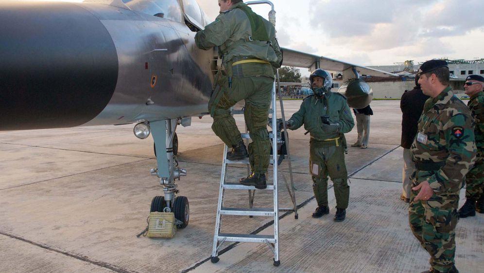 Konflikt in Libyen: Kampfpiloten setzten sich nach Malta ab