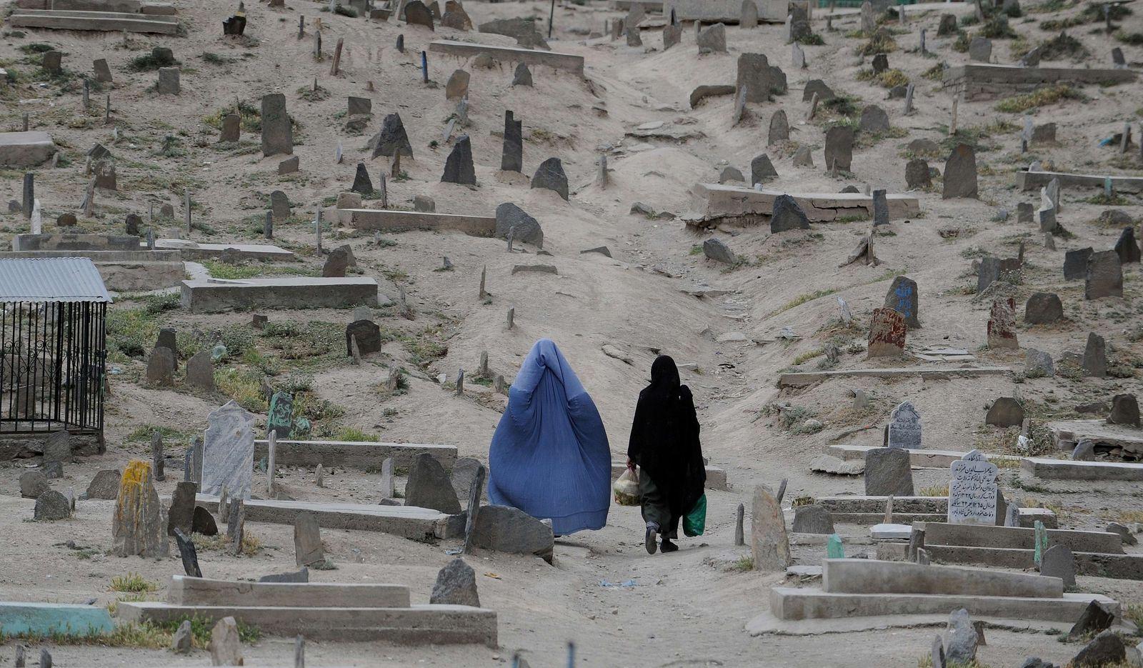 Frauen mit Burka in Afghansistan