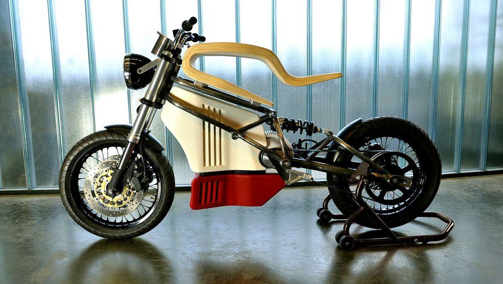 Neue Elektro-Zweirad-Studien: Einfach