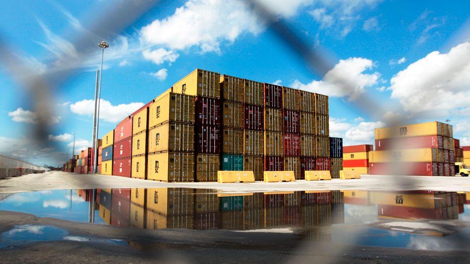 Container-Umschlag in den USA: Freihandelsabkommen hätte viele Vorteile